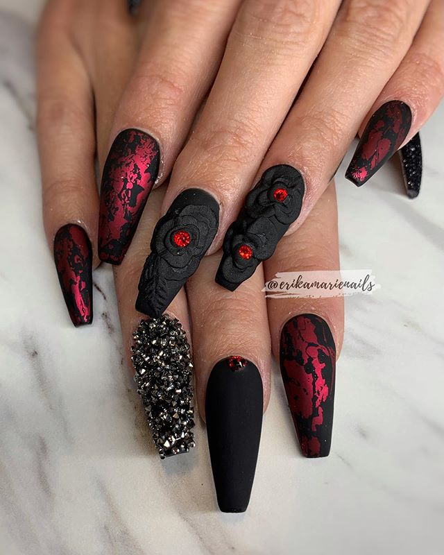 Black Rose Crackle Shimmer Nails