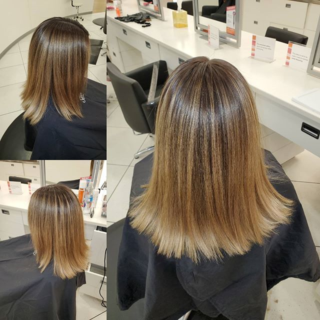Striking Blonde Mid-Length Hair with Highlights
