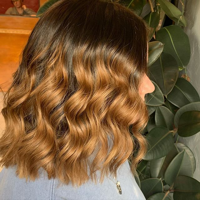 Pretty Loose Ring Curls and Gentle Ombre