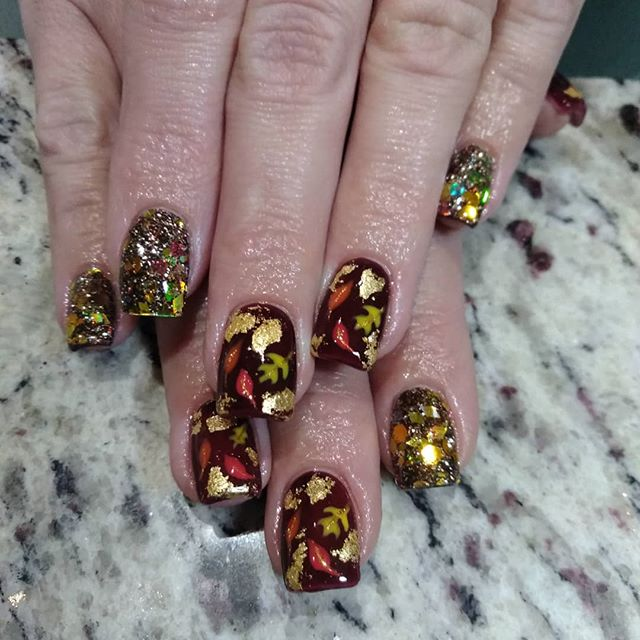 Fun Fall Leaf Patterned Nails