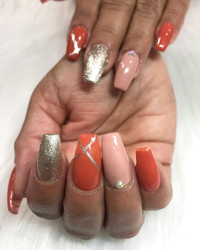 17. Glamorously Gold and Peach