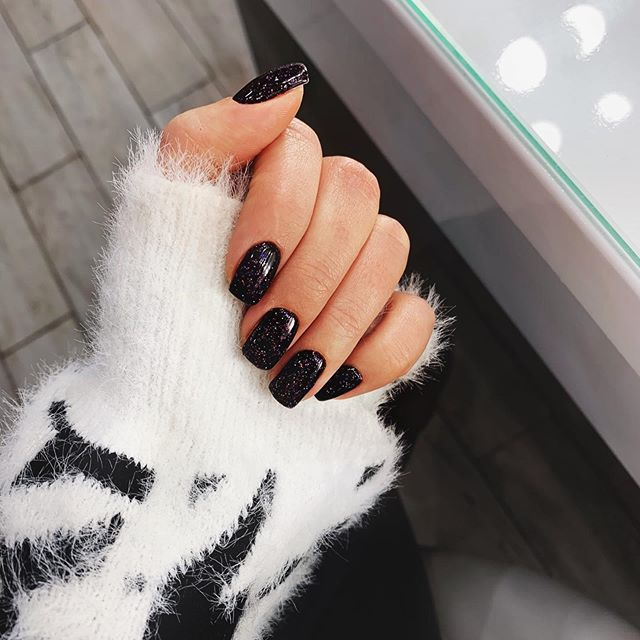 Simple Black and Twinkling Glitter