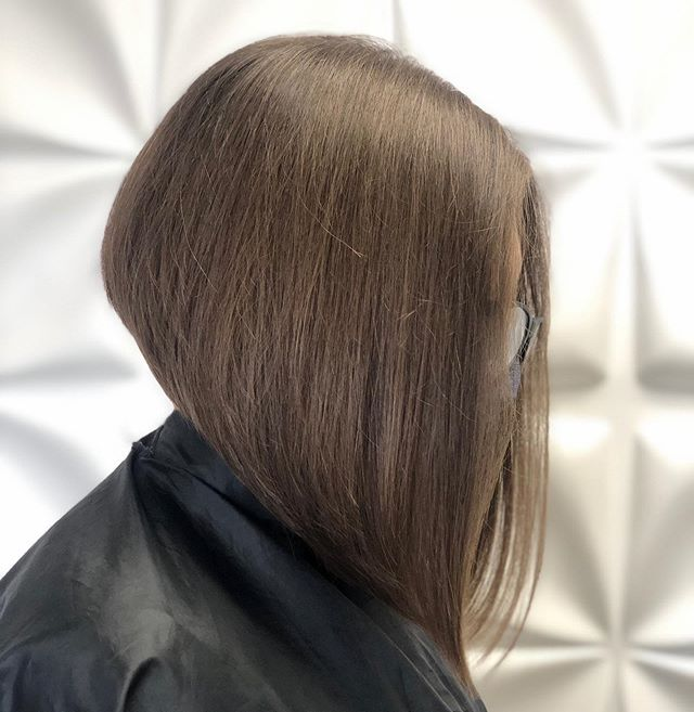 Fall Ready, Sexy Inverted Bob