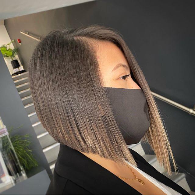 Pin-Straight Best Asymmetrical Bob Hairstyle Ideas