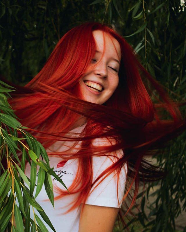 Pretty, Vibrant Orange Haircut