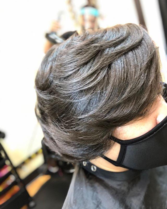 Heavily Texturized Hair Meets Class