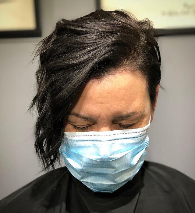 Low-Maintenance Asymmetrical Bob Hairstyle Idea