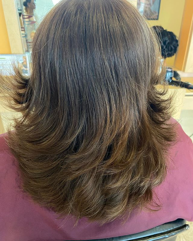 Texturized Balayage Shoulder- Length Hair