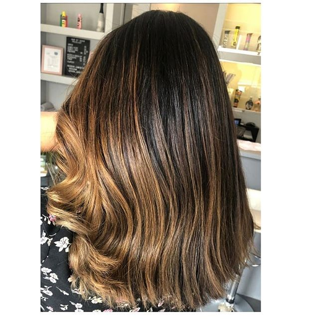 Caramel Balayage with Subtle Waves