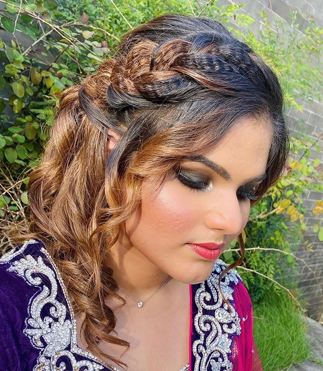 Bridal Hairstyles for Medium Hair Lengths