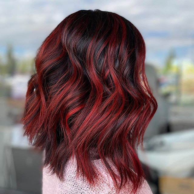 Cute Easy Hairstyle for Red-Loving Brunettes