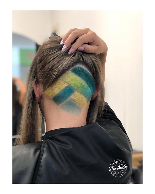 Colorful Chevron-Like Weave