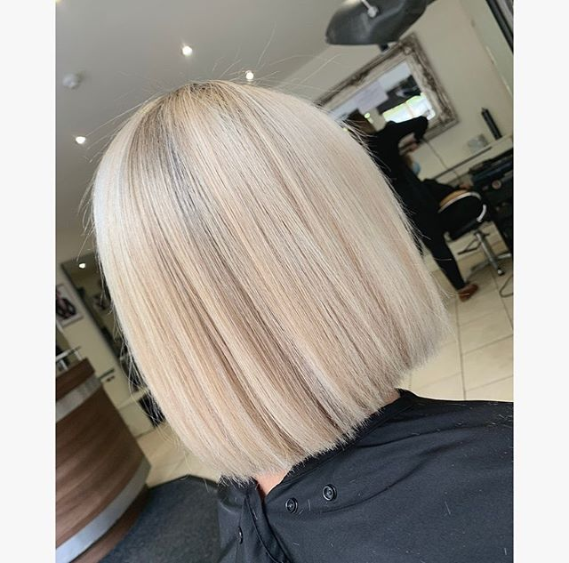 Chic Yet Effortless Platinum Blonde Blunt Bob