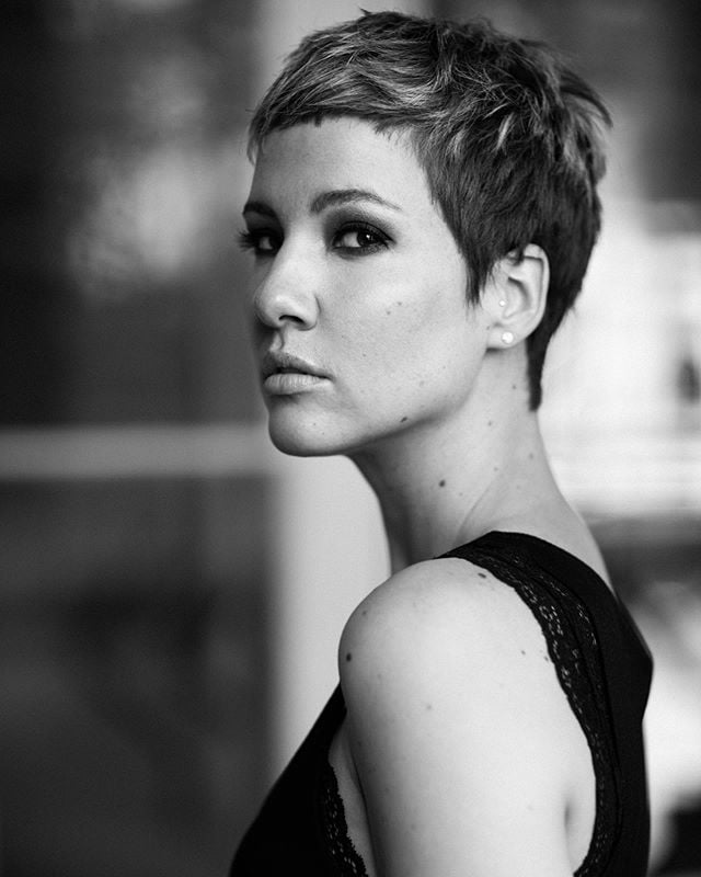 Best Short Sides Long Top Hairstyle Ideas with Feminine Crew Cut