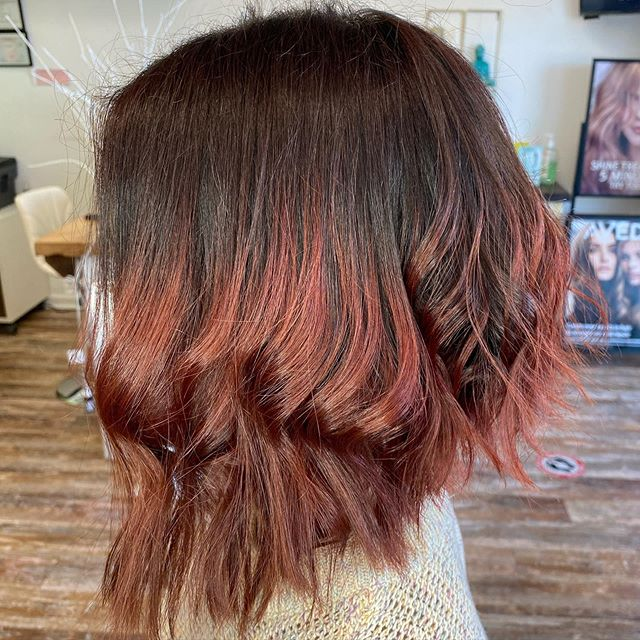 Layered Dual-Shade Bob for the Splendid Queen