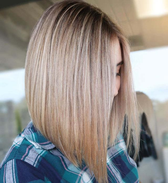 Canopy Curtain Bob Cut for the Chic Style Dress Up