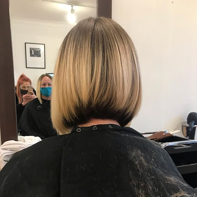 Reverse Smile Inverted Bob for Your Confident Personality