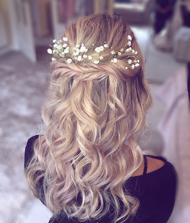 Twisted Half-up Flower Crown 'Do
