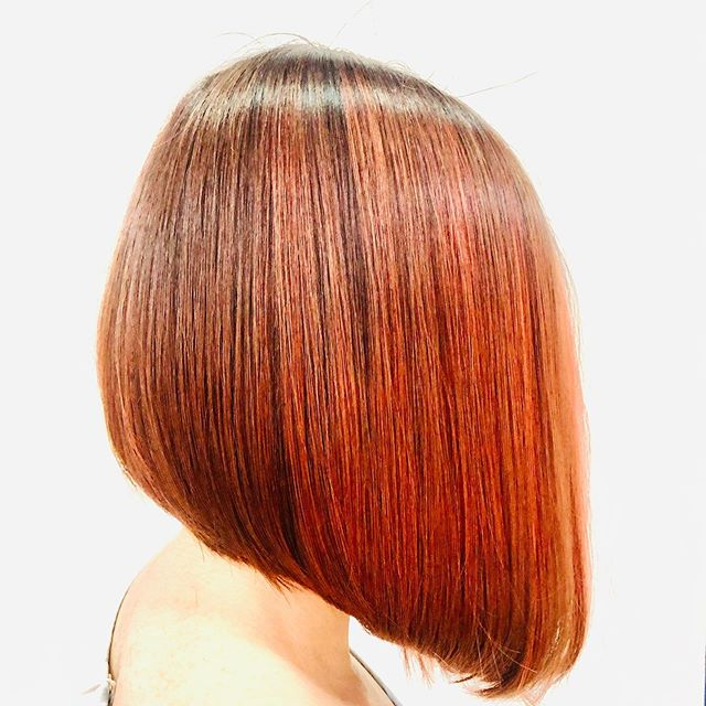 Cascading Red Lob with Ashy Low-Lights