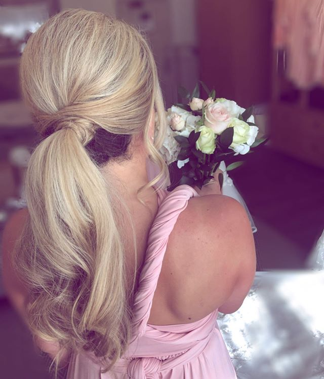 Twisted Cross-Over Low Curled Ponytail