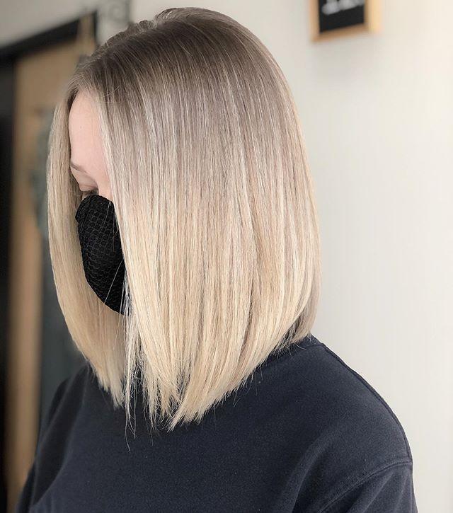 Long Leaf-Like Haircut for the Unfazed, Elegant Look