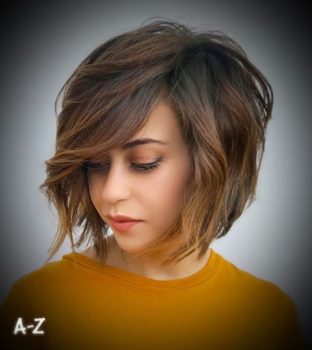 Wavy Over-the-Shoulder Bob with Extra Texture