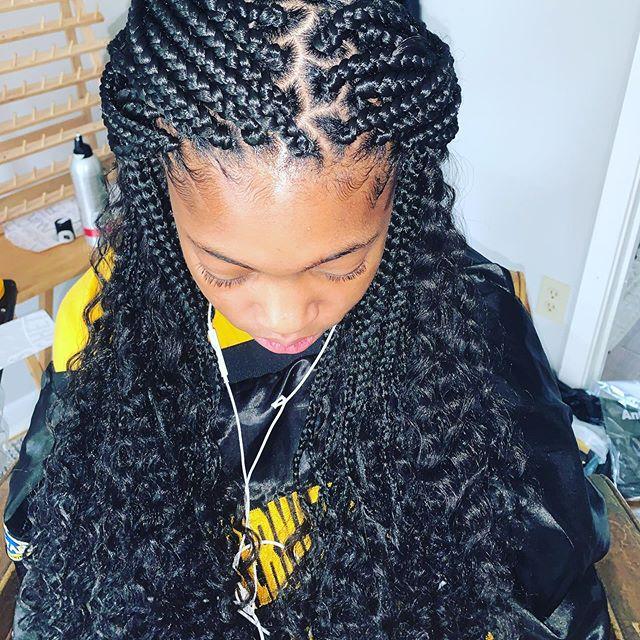 Goddess Loose Waves Medium Box Braids