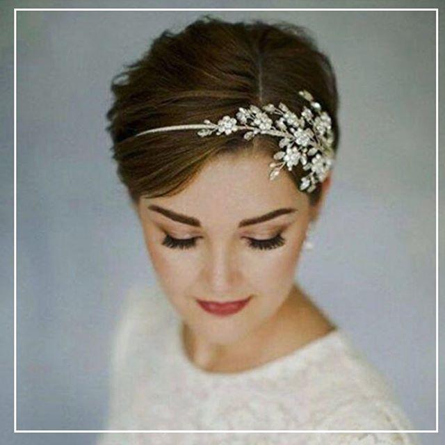 Headband Glamorizes Simple Pixie Cut