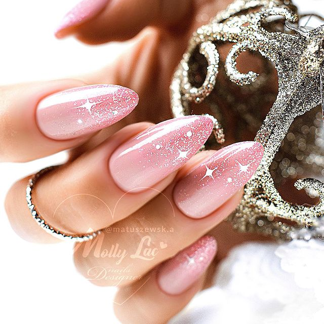 Pointy Pale Pink Nails Pearly Starbursts
