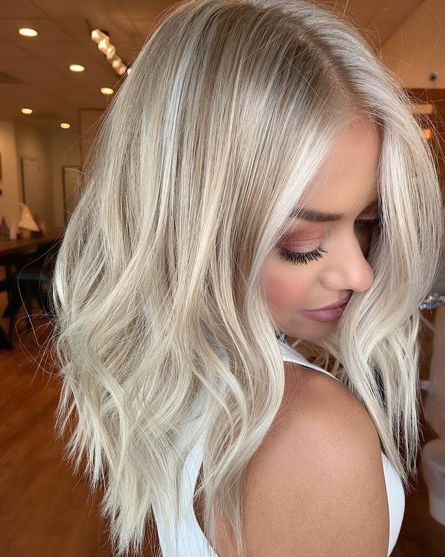 Gentle Waves with Platinum and Ash Highlights