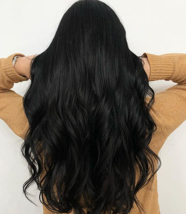 Flattering Midnight Black Hair with Overnight Waves