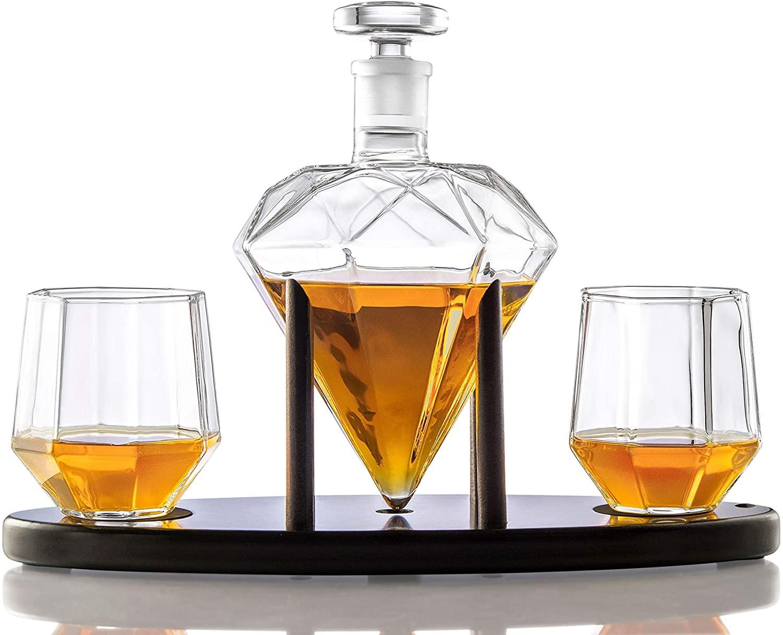 An Elegant Whiskey Holder